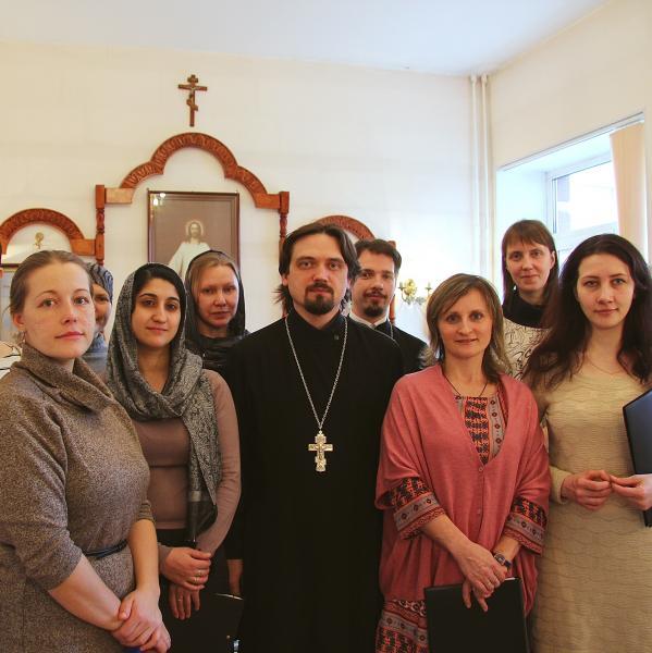 Хор Спасо-Преображенского собора навестил пациентов хосписа в Лахте