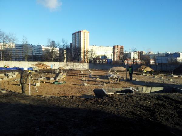 Храм на Кронштадтской площади: строим всем Петербургом