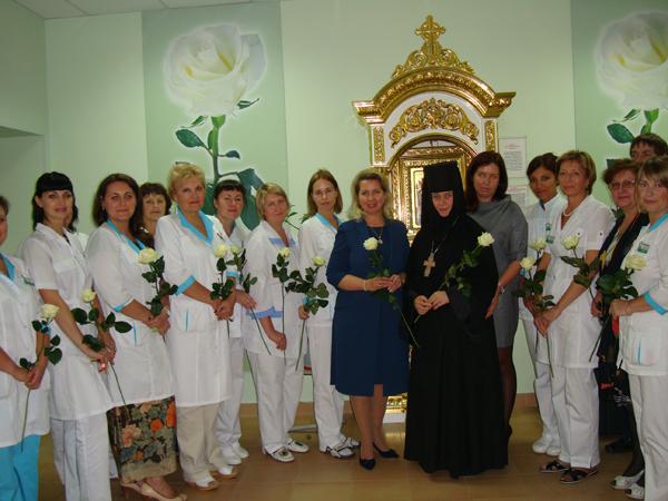 Санкт петербург белая роза