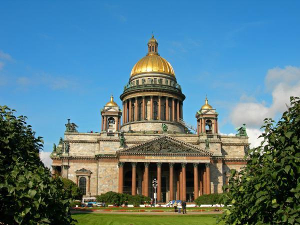 Санкт-Петербургская епархия пояснила свою позицию по вопросу возможной передачи ей Исаакиевского собора