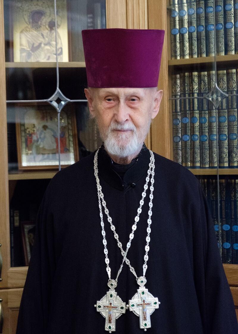Протоиерей Виктор Голубев награжден правом ношения второго наперсного креста